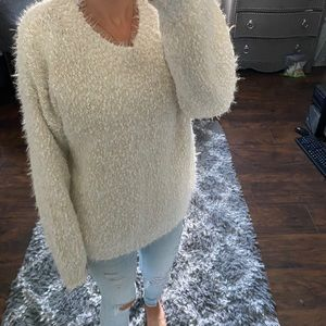 Philosphy sweater cream fuzzy chunky large